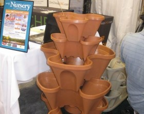 nancy-jane-stacking-planters-self-watering-gardencentertv