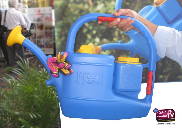UCAN-WATERING-CAN-SYSTEM-BUILT-IN-FERTILIZER-HOLDER-WATERING-ROSE-GLOVE-HOLDER-GARDEN-CENTERTV-BLOG