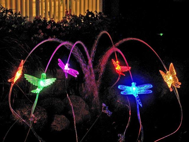 Hummingbird-Led-ornamental-color-changing-Sprinklites-garden-centertv-blog